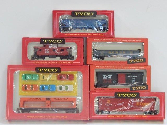 TYCO HO TRAIN CARS
