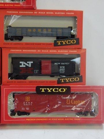 TYCO HO TRAIN CARS - 3