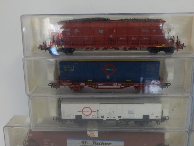 10 ELEC TRO TREN, HO SCALE TRAIN CARS - 5