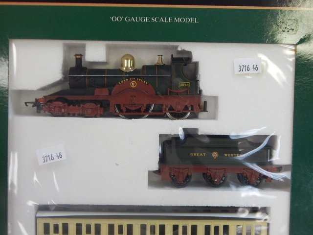 """HORNBY RAILWAYS OO SCALE """"LORD OF THE ISLES"""" - 4"""