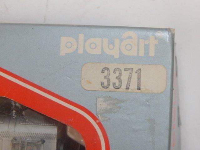 PLAYART HO SCALE TRAIN SET - 3