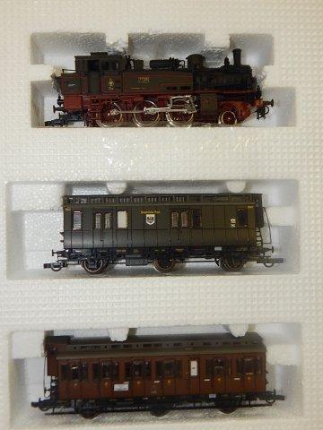 ROCO HO TRAIN SET - 4