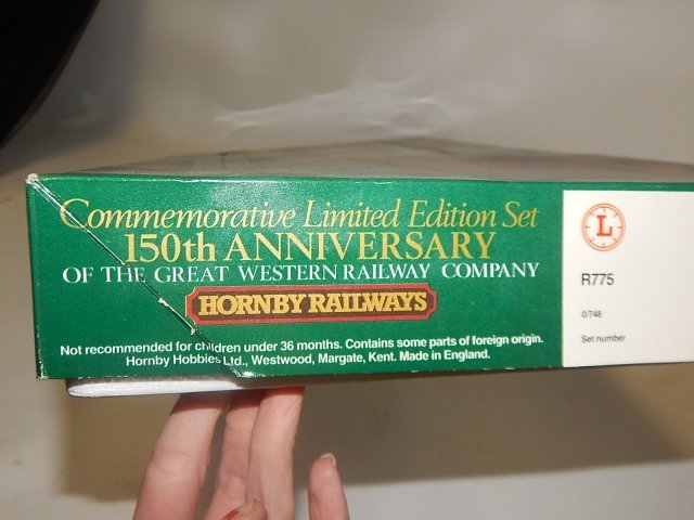 HORNBY HOBBIES HO TRAIN SET - 4
