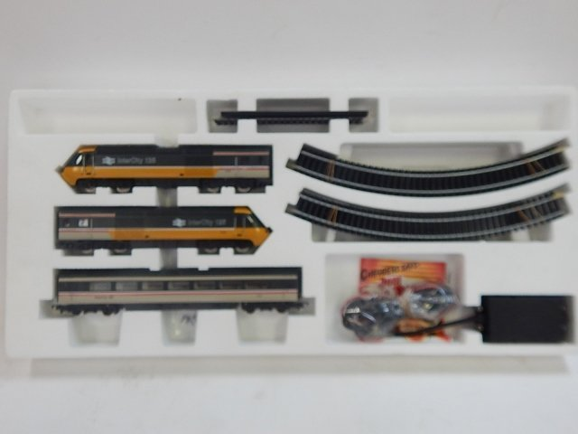 HORNBY HO SCALE HIGH SPEED TRAIN SET - 2