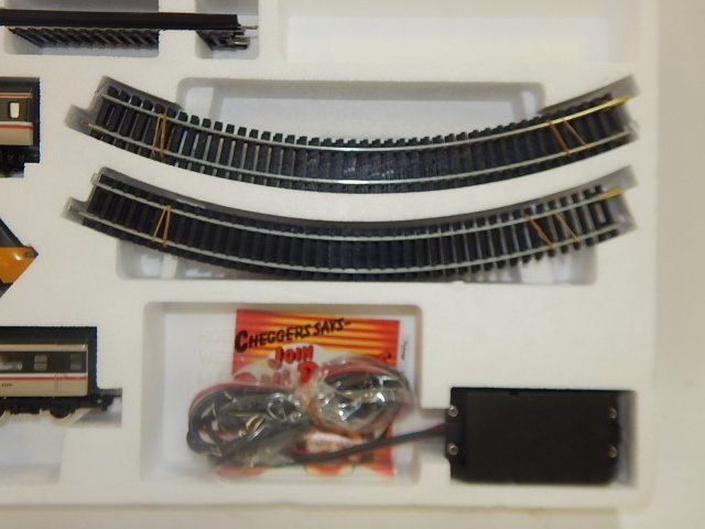 HORNBY HO SCALE HIGH SPEED TRAIN SET - 4