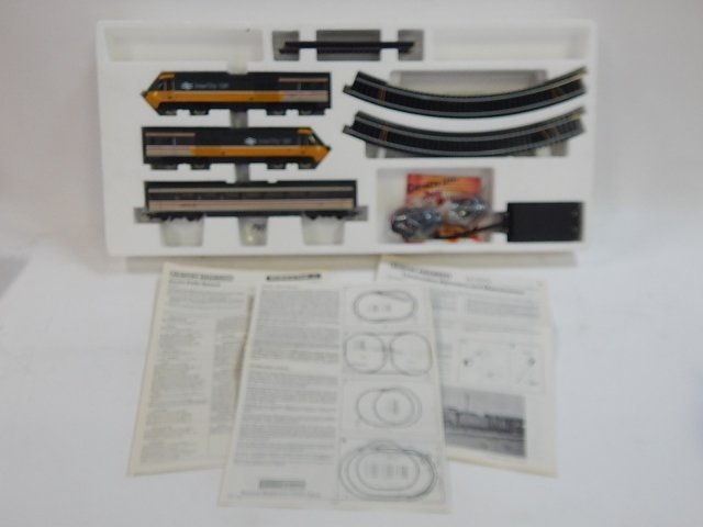 HORNBY HO SCALE HIGH SPEED TRAIN SET - 5