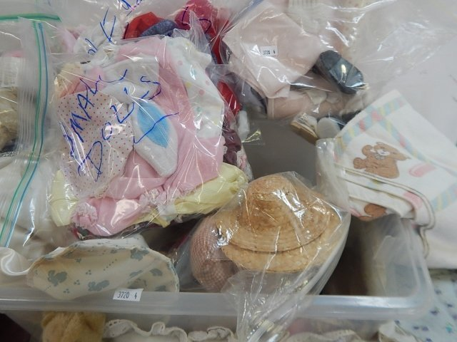 LARGE LOT OF DOLL ACCESSORIES - 6