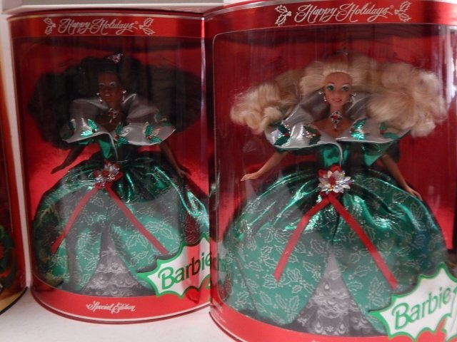 6 HOLIDAY BARBIES - 4