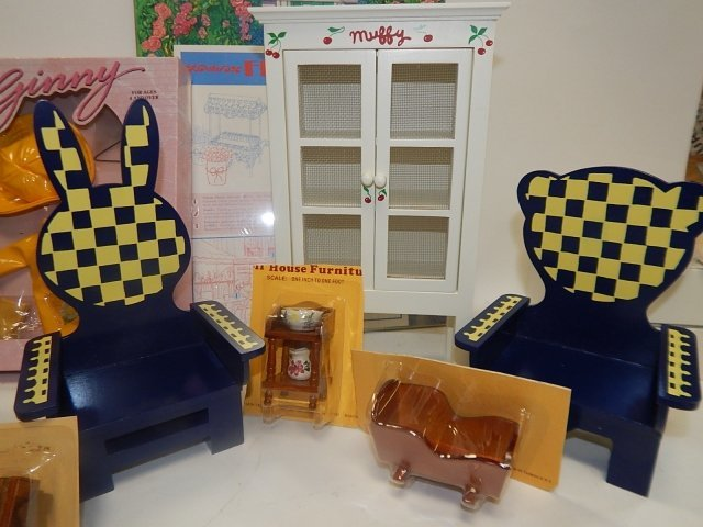 LARGE LOT OF DOLL FURNITURE AND ACCESSORIES - 5