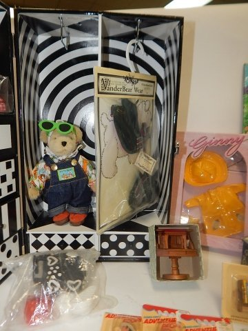 LARGE LOT OF DOLL FURNITURE AND ACCESSORIES - 8
