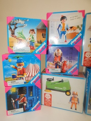 11 PLAYMOBIL SETS - 2