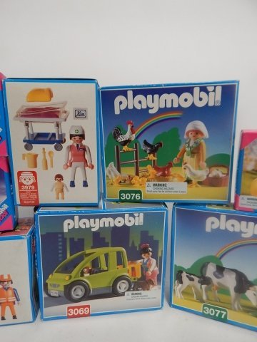 11 PLAYMOBIL SETS - 3