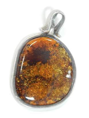 STERLING SILVER PENDANT WITH AMBER STONE