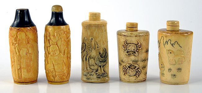 Chinese carved bone snuff bottles