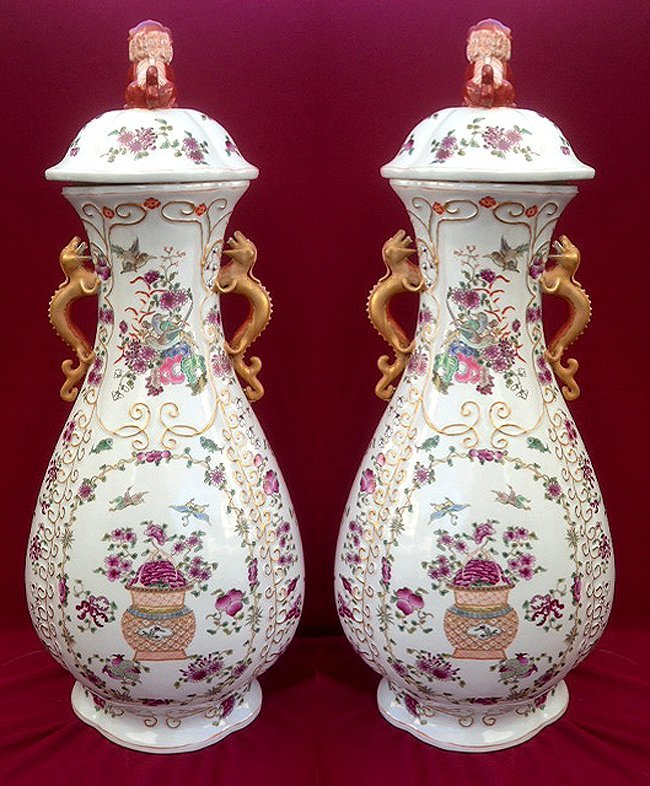 Pair of Export Cover Jar