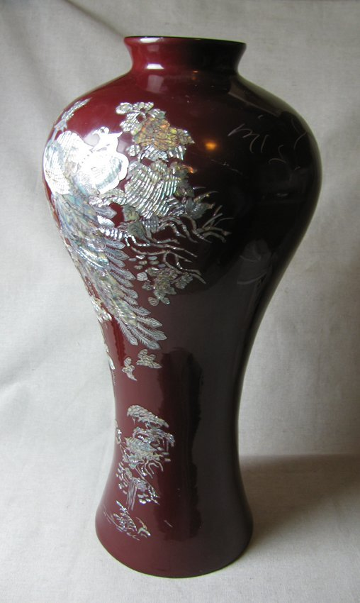 Large Red Porcelain Vase with Pearl Inlaid
