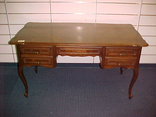 """1023: PARKAY TOP OAK COUNTRY FRENCH WRITING DESK 30""""T 5"""