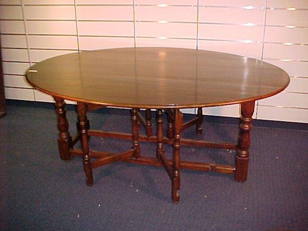 1007: FINE OAK DROP LEAF WAKE TABLE W/ PEGGED STRECHER