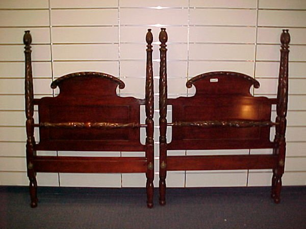 1012: INCREDIBLE PAIR OF 4 POSTER ACANTHUS CARVED MAH.