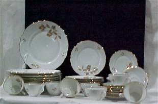 Service for 8 40pc. Place setting of Ba