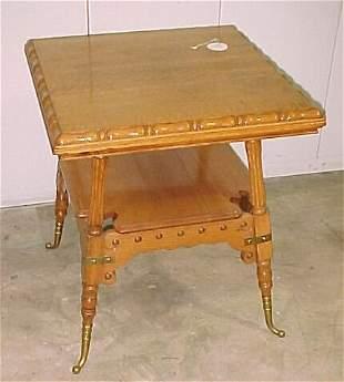 Fancy Oak Stand Table Measures: 29 x 25