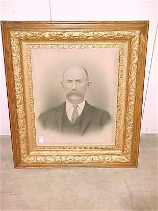 Oak picture frames Old Man Cond Good