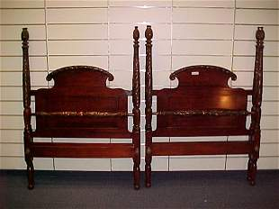 4 POSTER ACANTHUS CARVED MAHOGANY TWIN BEDS