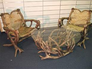 ANTLER PATIO SET CONSISTING OF TABLE AND CHAIRS