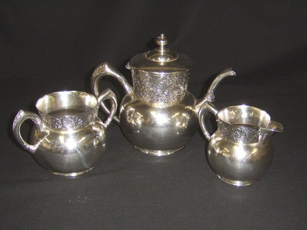 1352: VICTORIAN SILVERPLATE 3 PC. TEA SET BY SIMMONS