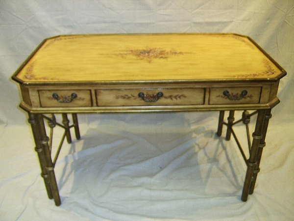 1372: ITALIAN DECORATED FRUITWOOD WRITING TABLE