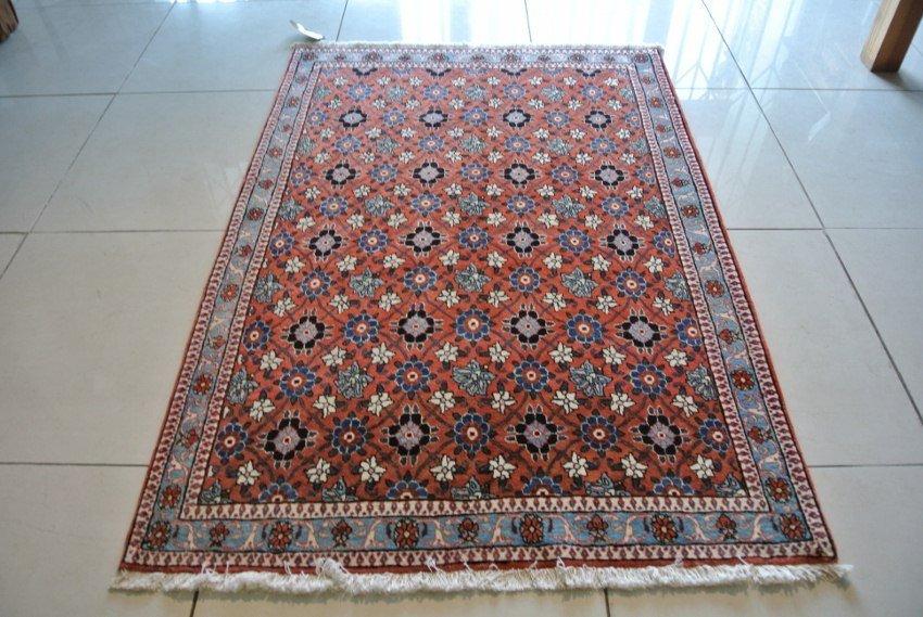 Varamin carpet Persian rug hand wool on cotton province