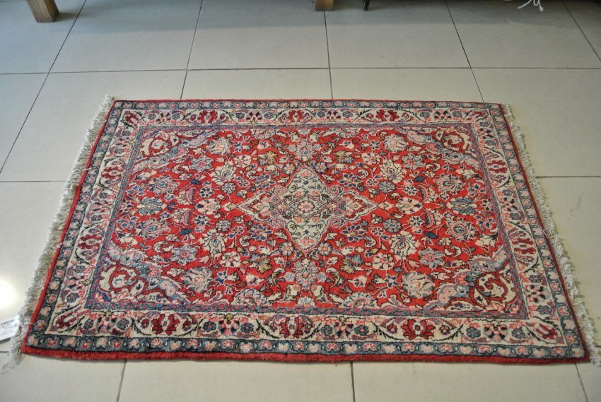 Saroogh rug Persian carpet wool pile hand made