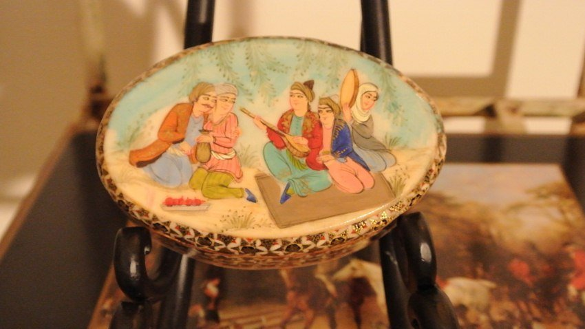 Miniature painting on wood base marquetry box oval