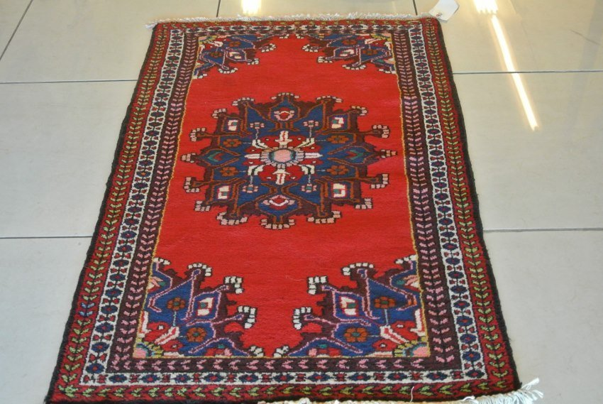 Persian rug hand made medallion design