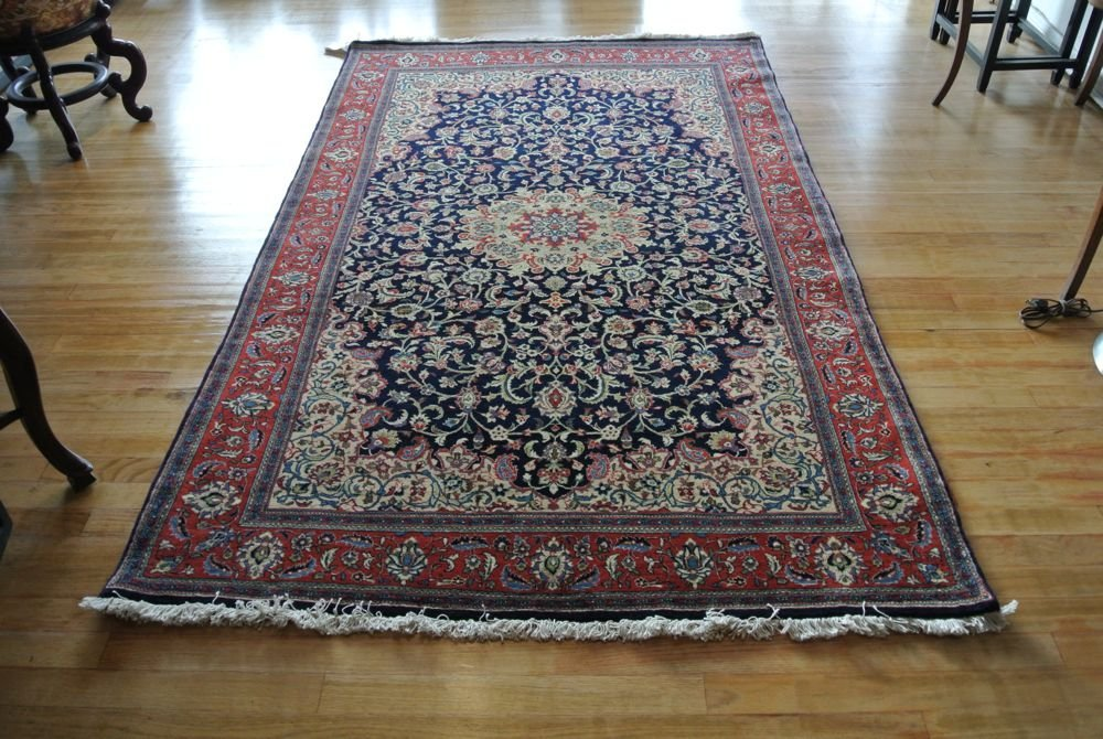 Persian carpet authentic Kashan slimy with medallion
