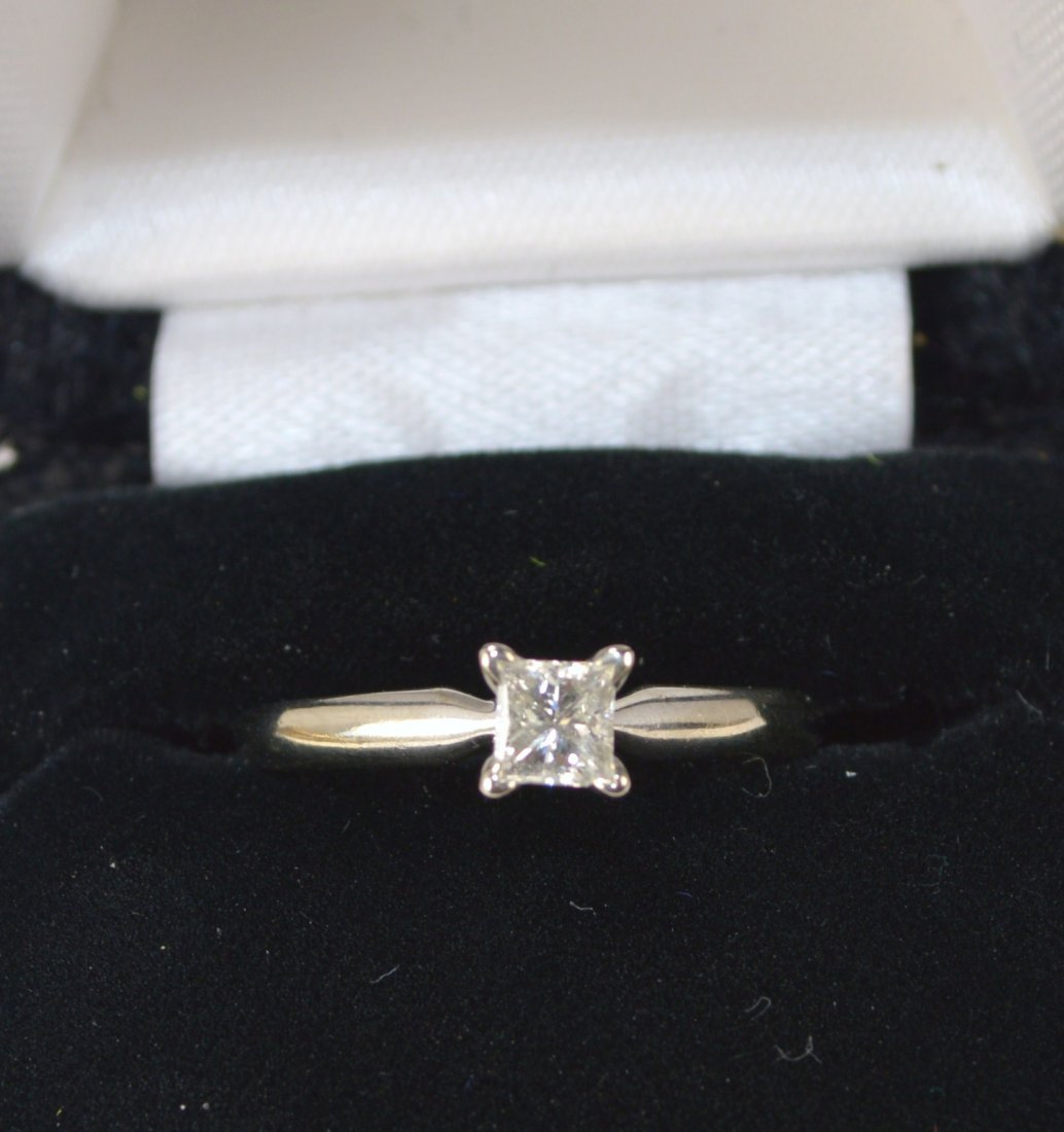 RING, SOLITAIRE14 KT GOLD