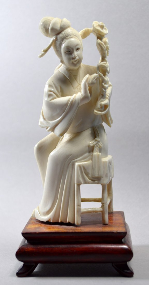 CHINESE CARVED ANTIQUE IVORY STATUE SEATED KWAN YIN