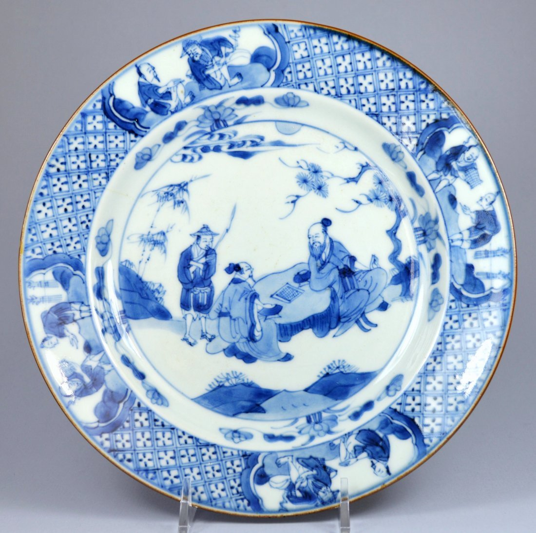 CHINESE KANGXI FIGURAL PORC PLATE CA 17TH C