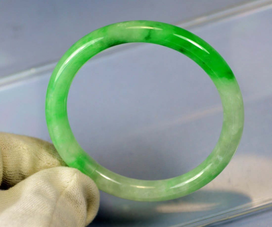 CHINESE TOP CERTIFIED GREEN JADE BANGLE - 4