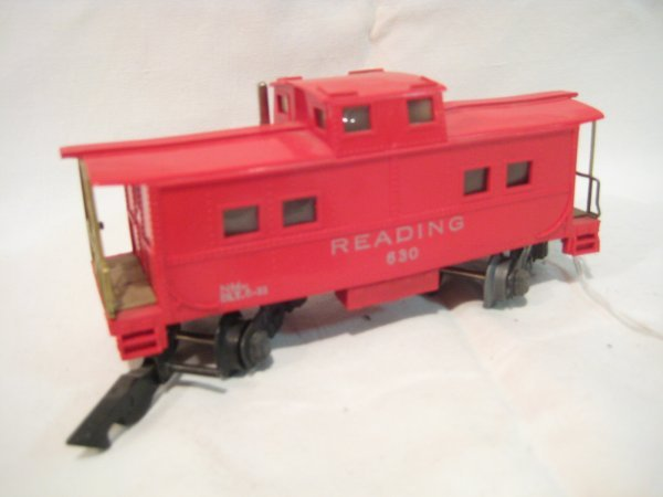 1023: Reading caboose