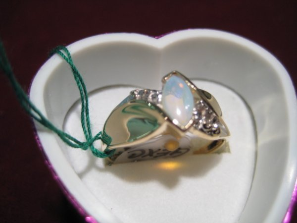 10: Ladies Marquise Opal Ring