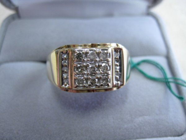 24: Gents Solid Gold Ring