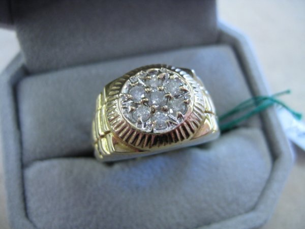 """79: Gents Solid Gold """"Rolex"""" Style Ring"""