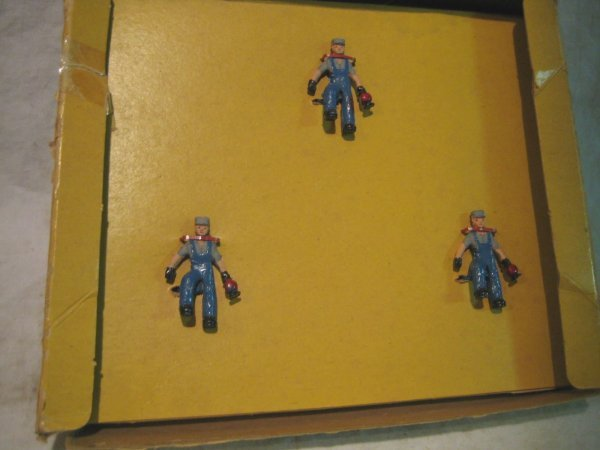 2067: Brakeman with Lantern, box # 35