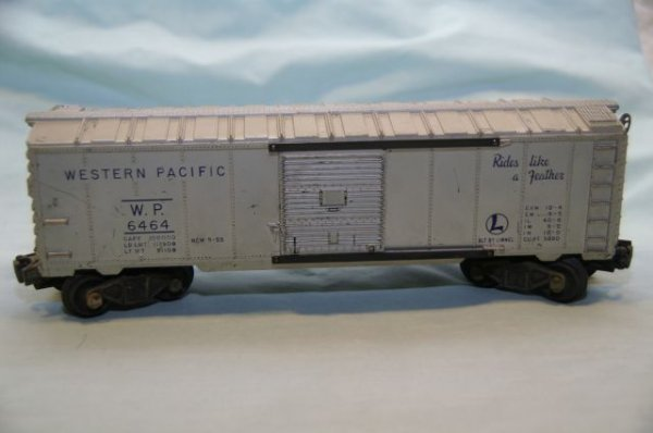1005: #464 Western Pacific Box-end crack