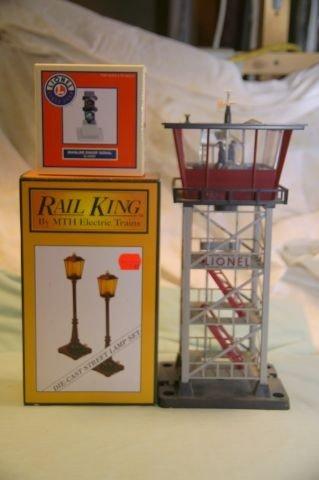 1030: #14151 Lionel Mainline Signal, Rail King metal la