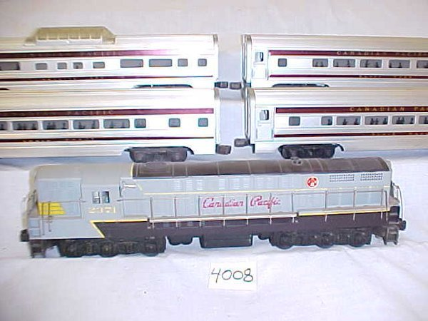 4008: Williams Canadian Pacific Passenger Set