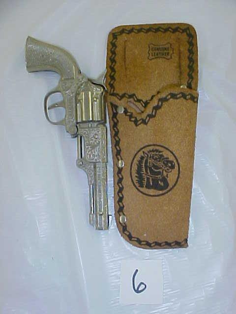 3006: Hubley Coyote die cast cap gun