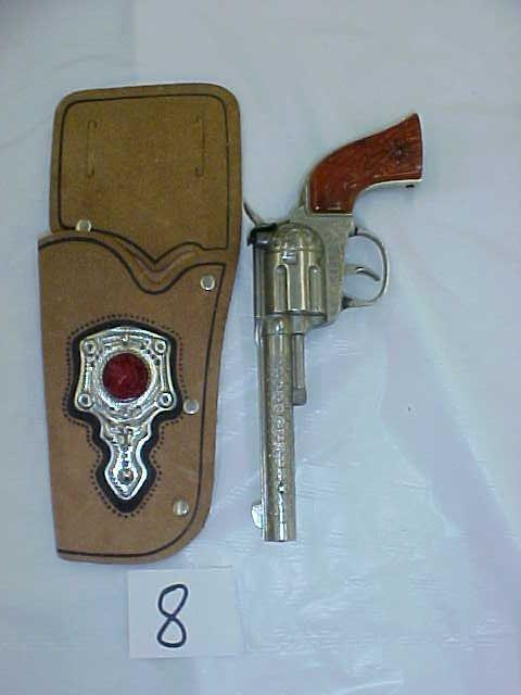 3008: Hubley Rodeo die cast cap gun