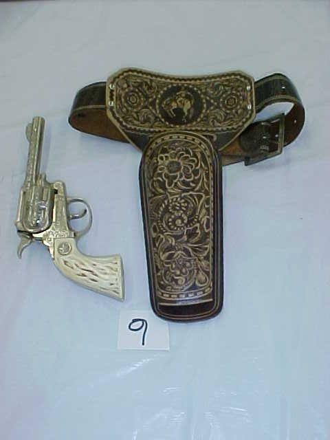 3009: Hubley Texan Jr. cap gun